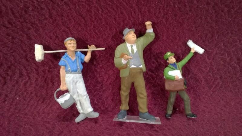 #30 PREISER G-SCALE 3 FIGURES - PAPERBOY, PASSER BY & PAINTER
