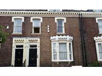 2 bedroom flat in Azelea Terrace North, Sunderland