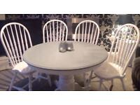 Stunning shabby chic dining table and 4 chairs