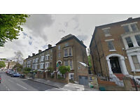 Lovely Studio flat on second floor(NO LIFT) available in Ealing. HB and DSS accepted.