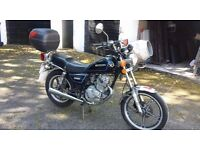 Suzuki GN 125 for sale, low milage, comes with back box and MOT