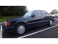 1992 MERCEDES BENZ 260E 6-cylinder M103 engine, 4 speed automatic, ABS, PAS, Air Con, tinted windows