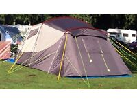 5 BERTH TENT OUTDOOR REVOLUTION SCENIC 5.01 AS NEW USED ONCE EXCELLENT CONDITION