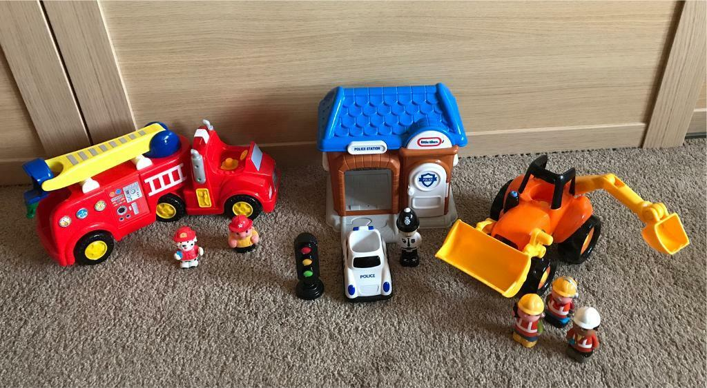Lights and Sounds Fire engine, Police Station and Digger with sounds from John Lewis and ELC