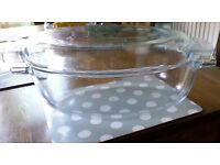 Three pieces of oven glass , cooking set (2 pounds each if separate )
