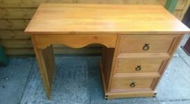 Desk/Dressing Table in a good condition. X3 drawers.