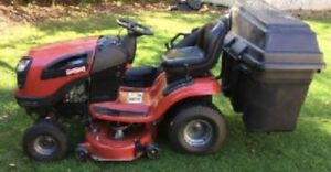 Craftsman YT 3000 c/w Bagger and Utility Trailer - Great Cond!!