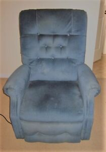 Recliners Buy Or Sell Chairs Amp Recliners In Oshawa