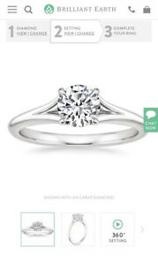 Stunning white gold Engagement ring