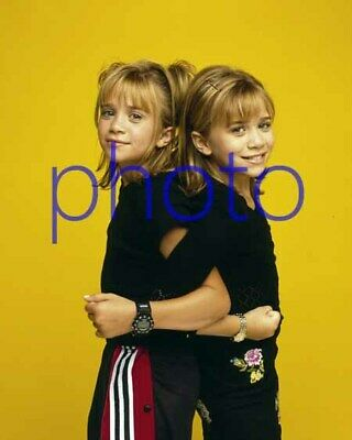 MARY KATE & ASHLEY OLSEN #28,8x10 PHOTO,closeup,FULL HOUSE,two of a