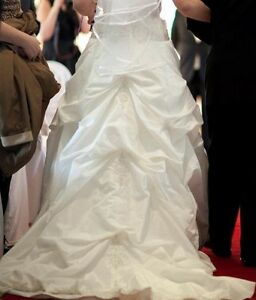 Size 10 Wedding dress Oakville / Halton Region Toronto (GTA) image 3
