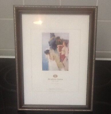 PHOTOGRAPH FRAME DARK WOOD GOLD ACCENT A4 SIZE NEW NEVER USED