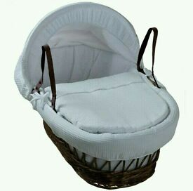 Kinder valley white Waffle with Dark Wicker moses basket. With free rocking stand. Brand new .