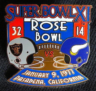 Super Bowl 11   Oakland Raiders   Vikings Final Score Lapel Pin Willabee Ward Xi