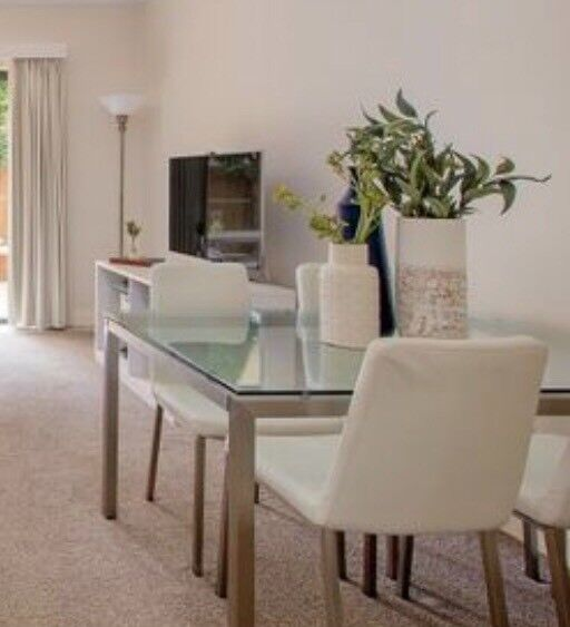 Freedom Dining Table Signature Essentials Plus 4 X Chairs