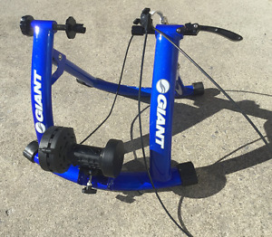 Giant Cyclotron Mag II Bike Trainer