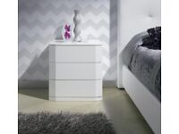 2 x Sandra 3 Drawer Bedside Cabinets in High Gloss White RRP £660.00 50% OFF