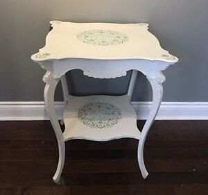 Gorgeous Side Table - Refurbished