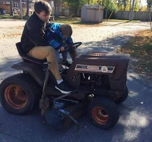 Lawnmower runs and drives