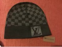 Men's Louis Vuitton Damier bonnet hat in black - Gucci prada stone island cp Armani givenchy