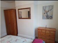 Pine bedroom furniture set - 4 piece - like new!