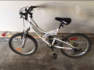 Used Girls bicycle for sale