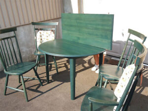 TABLE RODE EXSTENSIBLE