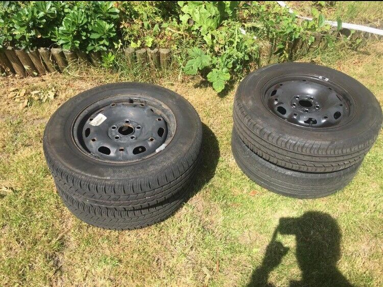 175/70 R14 tyres x4 with steel alloy