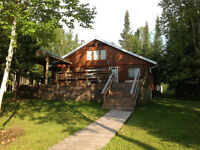 Log Cottage on beautiful Chain of Lakes - Hearst, Ontario