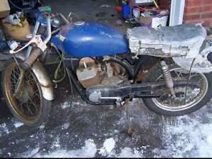 Vintage 1974 Z90 Aermacchi Harley Davidson