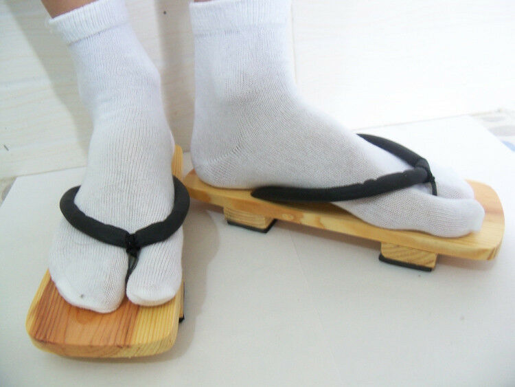 Shoes Ichigo Japanese Details About Slippers2 Toe Sandals Socks Geta Cosplay Clogs Bleach 3LS4jq5AcR