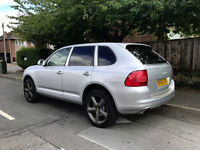For sale Porsche Cayenne V6 3.2 petrol 250bhp,FSH,MOT July 2018,mechanically faultless,drives great!