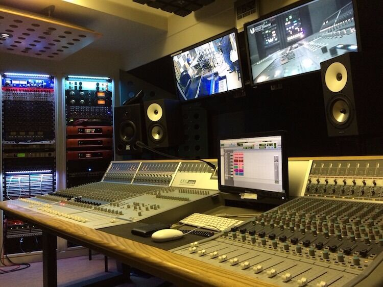 Music PRODUCTION MXING RECORDING tuition / lessons - Read carefully. This might be for You!