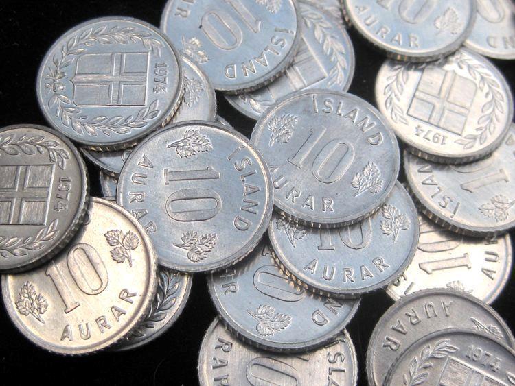 Iceland 10 Aurar 1974 BU  KM10a lot of 25  BU coins #58