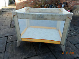 Graco Compact travel cot/playpen