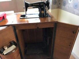 Vintage Singer Table Sewing Machine