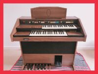 Electric organ in perfect condition