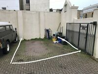Large gated off-road parking next to the hospital for rent in Brighton BN1