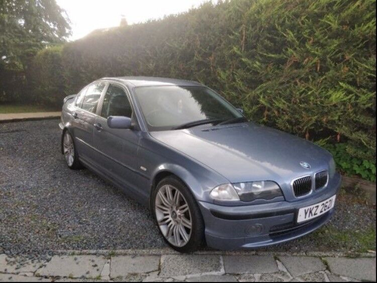 BMW 320i se factory fitted aero kit full leather interior