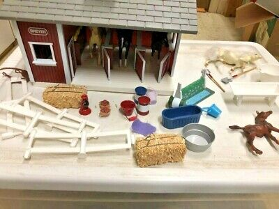 Breyer Stablemates 5 Horses, Barn, Fence, Obstacle Jump, Extras