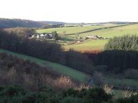 Idyllic rural studio flat/cottage on farm. 1 hour S Edin. Eco biomass heating. lovely views/walks