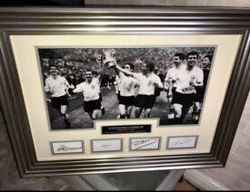 Signed Tottenham Hotspur 1962 FA Cup Final Winners Photo Frame.