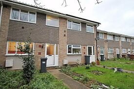 Newly Refurbished 3 Bedroom House in Cranford Hounslow Heathrow