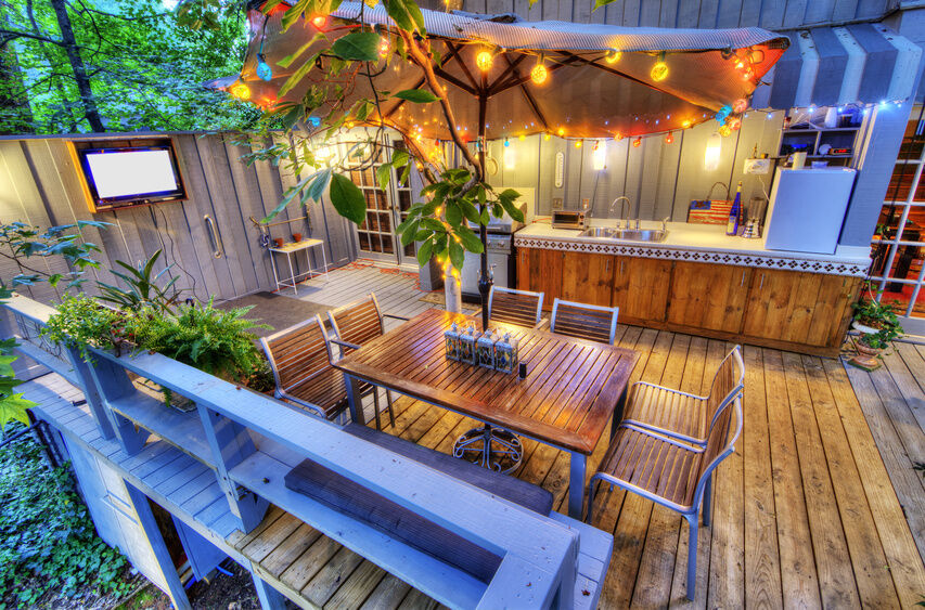 How to Build a Backyard Bar | eBay