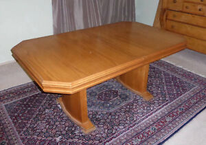 Dining Room Table + 6 chairs, Hardwood, $399 or Best Offer