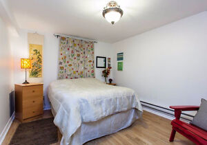 All furnished apartment for temporary period - tourists, workers Québec City Québec image 7