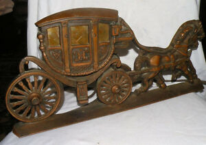 Vintage old cast iron horse and buggy lamp