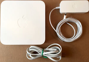 Apple Airport Extreme Wifi 3rd Gen Dual Band 802.11a/b/g/n