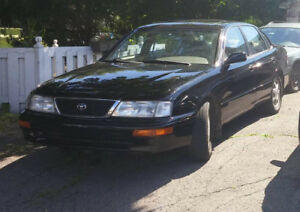 1996 Toyota Avalon XLS . 136000km antirouille originale