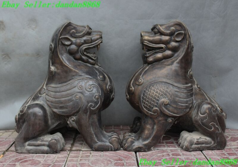 Old Chinese Fengshui Bronze Made Pyramid Guardian 2 Beast Lion Foo Dog Statue